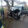 18-latek rozbił samochód i uciekł. Na policję zgłosił się sam, był pod wpływem alkoholu.