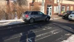 Kierowca spieszył się do kwiaciarni Mistrzowie(nie tylko) parkowania w Nowym Dworze Gdańskim - 14.02.2017