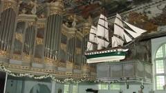 Stegna. Zapraszamy na koncerty organowe - 25.07 - 19.08.2017