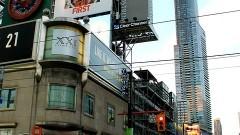 """Denerwują Cię reklamy na zabytkowych budynkach, """"potykacze"""" — wszechobecny chaos reklamowy? Zmień krajobraz Twojego miasta! - 28.09.2017"""