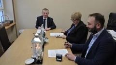 Gmina Nowy Dwór Gdański : Podpisano umowę z Przedsiębiorstwem Robót Sanitarno - Porządkowych Sp. z o.o.- 27.12.2017