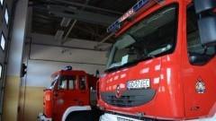 Pożar w budynku, ewakuacja mieszkańców, wypadek ciężarówki - raport nowodworskich służb mundurowych.