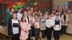 Konkurs recytatorski w Szkole Podstawowej w Lubieszewie