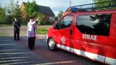 Gmina Ostaszewo : Przekazanie samochodu do OSP w Gniazdowie