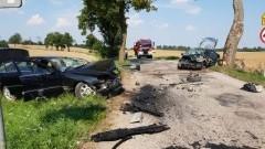 Zderzenie czołowe w miejscowości Pronie. Kierowcy przetransportowani do szpitali w Gdańsku i Elblągu.