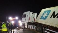 Wypadek samochodu ciężarowego, zderzenie aut w Wybicku - wśród poszkodowanych dziecko. Raport nowodworskich służb mundurowych