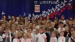 Obchody 100.rocznicy odzyskania niepodległości przez Polskę w Szkole Podstawowej w Jantarze