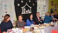 Spotkanie wigilijne w Warsztatach Terapii Zajęciowej w Marzęcinie.