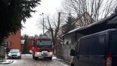Blokują wjazd do remizy pomimo zakazu. Czyli mistrzowie (nie tylko) parkowania w Nowym Dworze Gdańskim.