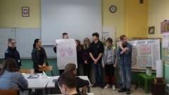 O uzależnieniach w Szkole Podstawowej w Mikoszewie.