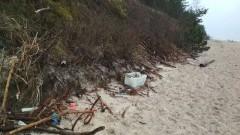 """Posprzątajmy wspólnie plaże. Akcja """"Sprzątamy Mierzeję"""""""