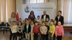Dzieci z Przedszkola nr 4 odwiedziły Starostwo Powiatowe w Nowym Dworze Gdańskim