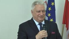 Jerzy Szałach Burmistrz Nowego Stawu z wotum zaufania i absolutorium. X sesja Rady Miejskiej