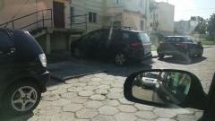 Mistrz (nie tylko) parkowania na Grota Roweckiego w Malborku.