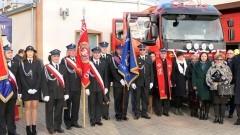 Oficjalne otwarcie rozbudowanej remizy w Stogach i przekazanie nowego samochodu strażackiego.