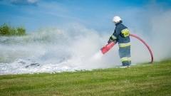 Kolizje drogowe i pożar garażu – raport nowodworskich służb mundurowych.