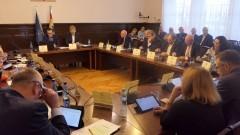 Radni nie składają broni w sprawie obwodnicy Malborka. Skrót nadzwyczajnej sesji Rady Powiatu.