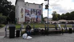 Miasto Malbork zasłoniło ścianę po Capitolu za ponad 9 tys. zł.