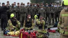 Wspólne ćwiczenia strażaków i terytorialsów z Malborka.