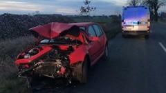 Malbork. W wyniku zderzenia osobówki z ciężarówką jedna osoba trafiła do szpitala.