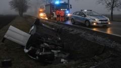 DK55. Dachowanie w Sylwestra. Kobieta trafiła do szpitala.