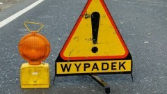 Jedna osoba poszkodowana w wypadku w Piaskowcu – raport nowodworskich służb mundurowych.