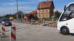 Utrudnienia w Nowej Wsi Malborskiej - do akcji wkroczyli drogowcy. Asfalt w poniedziałek.