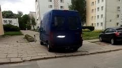 Mistrz (nie tylko) parkowania na Starym Mieście w Malborku. Czy ktoś w tym mieście może wreszcie uporządkować tę sytuację – pyta mieszkaniec.