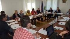 Podatki i opłaty za godpodarowanie odpadami komunalnymi głównym tematem na Sesji Gminy Ostaszewo - 5.05.2016
