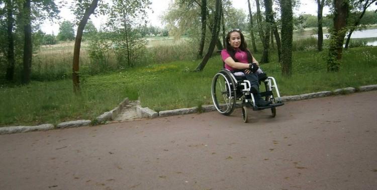 """Malbork: Walka o """"nowe nogi"""" wygrana. Dzięki Wam Kasia będzie miała nowy wózek! - 04.10.2017"""
