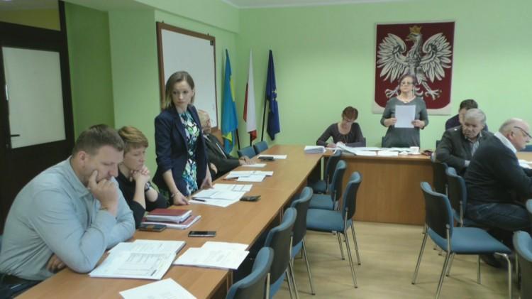 Temat ścieżek rowerowych i remontu ul. Okrężnej. XXXVI sesja Rady Gminy Sztutowo