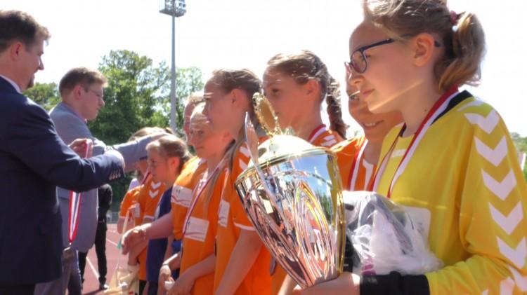 Polsko-Rosyjski turniej odbył się w Malborku. Zawodniczki Delty Nowy Staw i Olimpico Malbork na najwyższych stopniach podium.