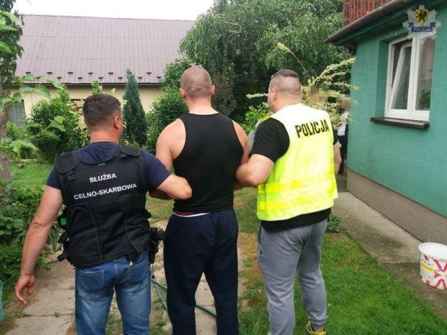 Narazili Skarb Państwa na stratę 60 mln zł. Grupa przestępcza w rękach policji.