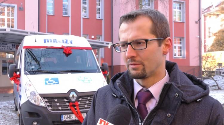 Bus przejeżdża nawet 500 km dziennie. Zakup możliwy dzięki wsparciu Starostwa Malborskiego.