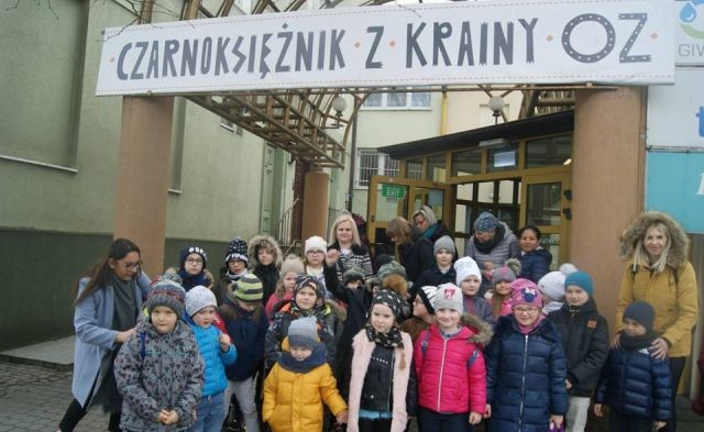 Wycieczka kulturalno-medialna uczniów z SP w Mikoszewie