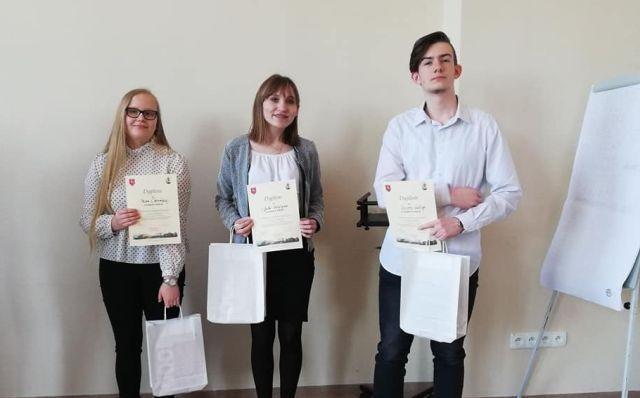 Uczennica Szkoły Podstawowej w Sztutowie zajęła I miejsce w finale VI Powiatowego Konkursu