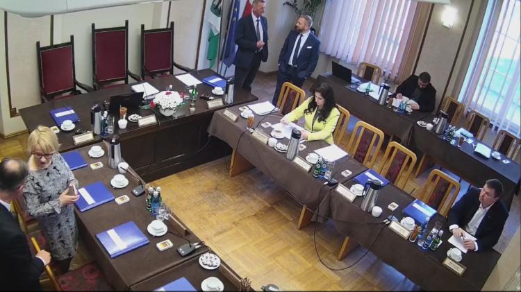 III sesja Rady Powiatu w Nowym Dworze Gdańskim. Zobacz na żywo