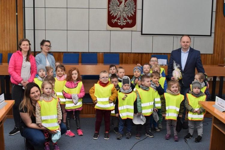 Wizyta przedszkolaków w Urzędzie Miejskim w Nowym Dworze Gdańskim