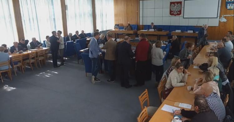 X Sesja Rady Miejskiej w Nowym Dworze Gdańskim. Zobacz na żywo