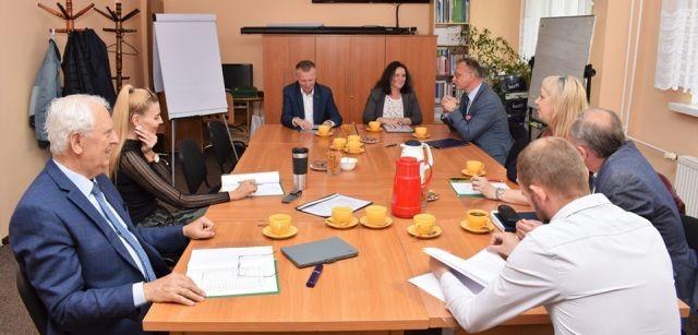 Obrady Powiatowej Rady Rynku Pracy w Nowym Dworze Gdańskim