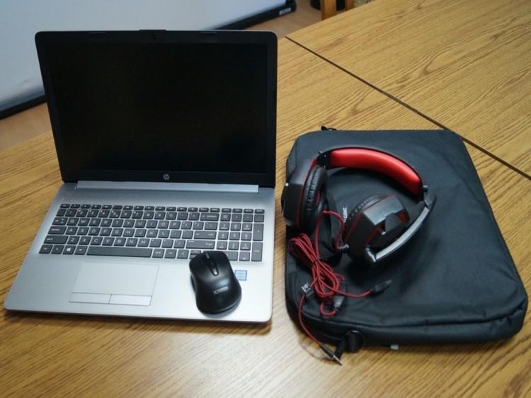 Nowy sprzęt komputerowy trafi do uczniów z Nowego Stawu.