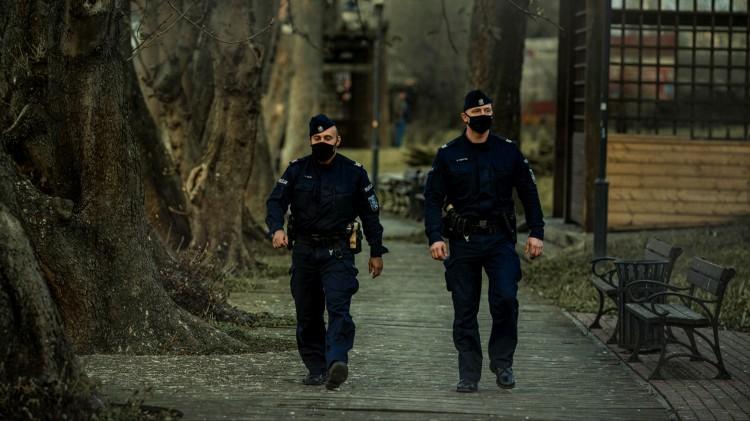 Nowy Dwór Gdański. Nowi funkcjonariusze w szeregach policji.