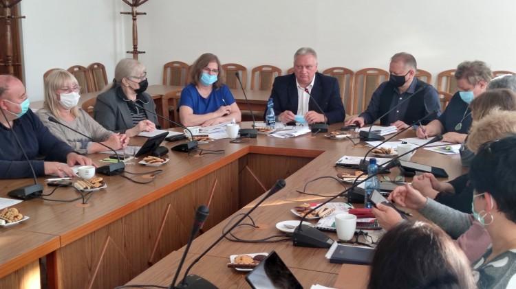 Nowy Staw. XL Sesja Rady Miejskiej 27.09.2021