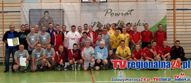 Halowy Turniej Piłki Nożnej Samorządowców w Nowym Dworze Gdańskim - 7.11.2015