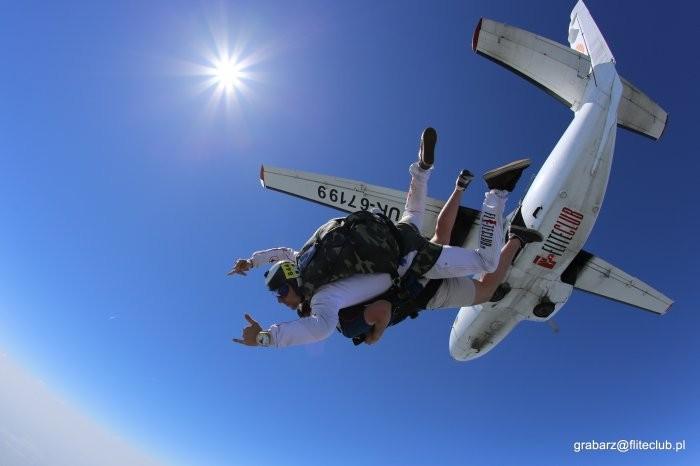 Skoki spadochronowe? Teraz dostępne dla każdego!