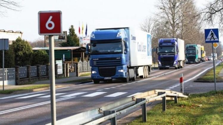 Komisja Europejska zaniepokojona działaniami rządu : Projekt budowy…