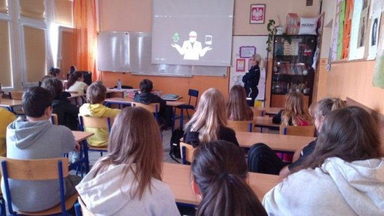 Narkotyki i dopalacze zabijają – spotkanie w Mikoszewie
