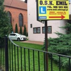 Szkoła jazdy OSK EMIL - kat. B, C, CE oraz szkolenia dla kierowców zawodowych - profesjonalna obsługa - konkurencyjne ceny - nabór ciągły